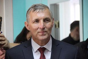 Больше 50% опрошенных оценили работу главы Пугачевского района М. Садчикова отрицательно
