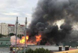 В Энгельсе сгорел рынок. Вероятен поджог со стороны конкурентов