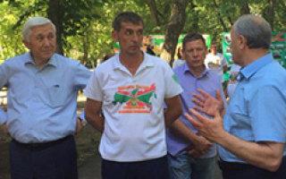 В. Радаева не впечатлило начало реконструкции городского парка в Пугачеве