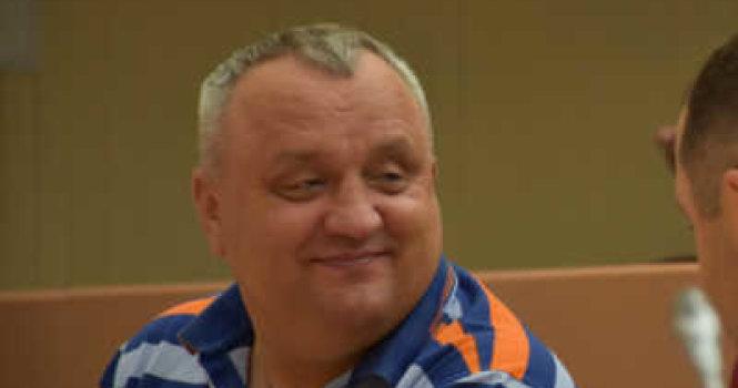 Скромная днюха депутата Артемова