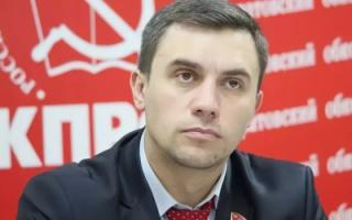 """Н. Бондаренко саратовским чиновникам: """"Вас даже людьми назвать нельзя"""" (видео)"""