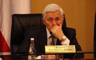 Бывший зять В. Капкаева попался на взятке