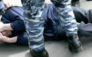 Правозащитник сообщил, что в пугачевской колонии сотрудник учреждения избил заключенного