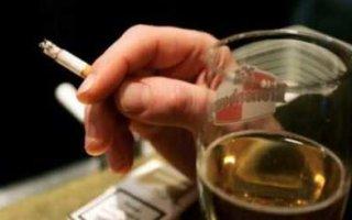 Алкоголь и сигареты будут дорожать ежегодно
