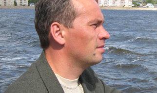 Автор-исполнитель Сергей Сидорин