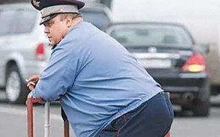 Полицейские в Пугачеве игнорируют нарушающих ПДД пешеходов?