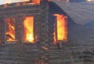 На пожаре в Ивантеевском районе погибла пенсионерка