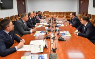 Радаев назвал завод в Горном одним из главных инвестпроектов области