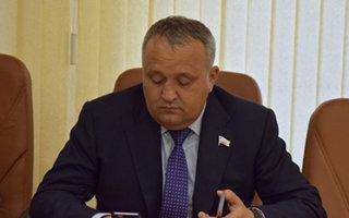 Единороссу Артемову посоветовали заняться проблемами избирателей
