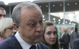 """Радаев озвучил первые позитивные изменения в регионе: """"800 работников завода отправлены в вынужденные отпуска"""""""