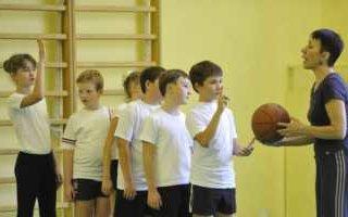 В прошлом году на уроках физкультуры погибло более 200 школьников