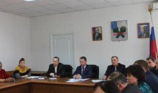 Зампред правительства пообещал проконтролировать вопрос реконструкции систем забора и разведения воды в Пугачеве