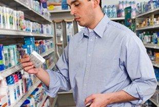 Отклонена инициатива продавать лекарства в магазинах