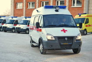 """В Пугачевском районе местные власти не смогли объяснить людям ситуацию с пунктом """"скорой помощи"""""""