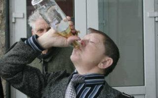 Самоизоляция: число смертельных отравлений алкоголем в области выросло вдвое