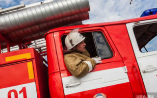 В селе Березово полностью сгорел грузовик